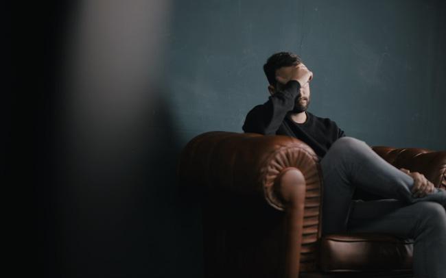 """Bản tự thuật của một người đàn ông trung niên 45 tuổi: Sau 20 năm làm việc chăm chỉ, thứ duy nhất nhận ra là """"lãng phí cuộc đời"""""""